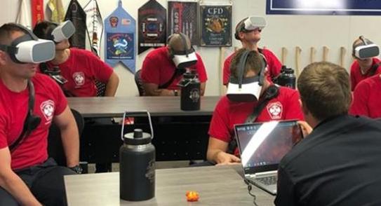 加州消防局使用VR训练新兵如何扑灭野火