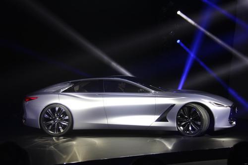 英菲尼迪已经发布了其引人注目的新英菲尼迪Q80灵感概念的预览图