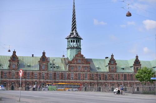 瑞典股票交易的49%现在从国内证券交易所Nasdaq OMX Nordic进行交易