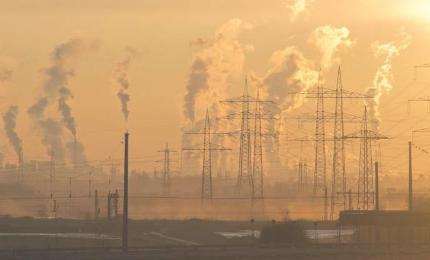 碳税是否有助于创新更高效的能源使用