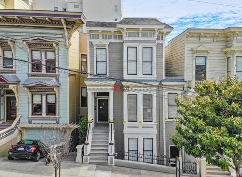 费尔德曼建筑事务所设计旧金山房屋带有屋顶花园和室内秋千