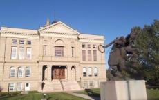 一所拥有100年历史的怀俄明大学大楼在秋季学期及时进行了改建