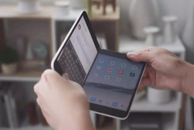 微软Surface Duo将会配备老化的芯片组6GB RAM和11MP摄像头