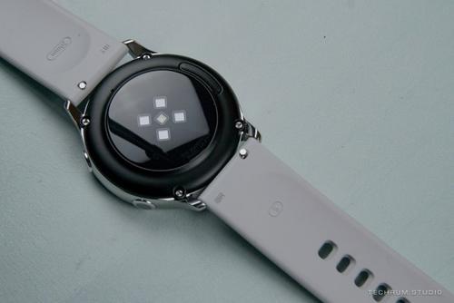 三星计划在Galaxy Watch Active 2上反映最好的Apple Watch功能