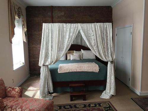 宅在家里的梦想:皮特镇上市有私人海滩 特大号的小屋