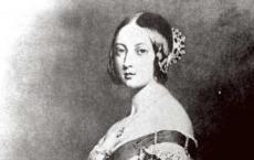 陪伴维多利亚女皇50年的名贵珐琅怀表